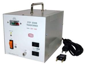 SDX-1500 日章工業 海外用変圧器(ダウントランス)Cプラグ対応 SDXシリーズ [SDX1500]
