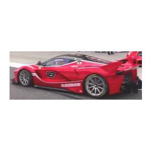 1/18 フェラーリ FXX-K EVO ROSSO CORSA # 18 (レッド)【PBBR182285】 ミニチャンプス