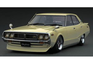 1/18 Nissan Skyline 2000 GT-X (GC110) Gold【IG1980】 ignitionモデル