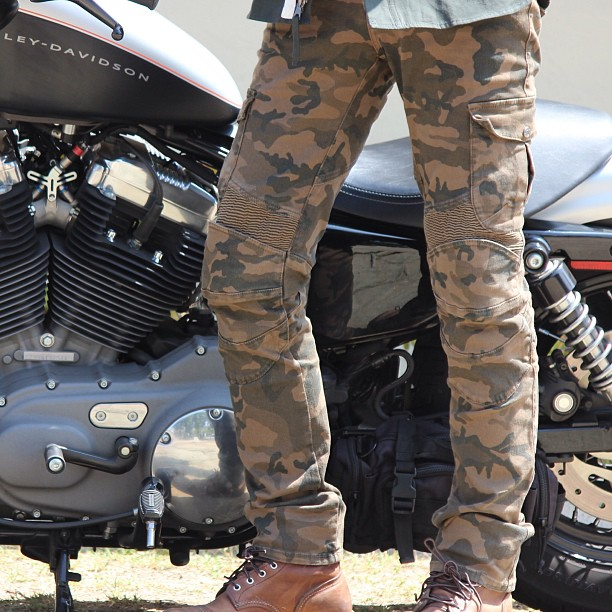 アグリーブロス バイクパンツ モータープール・カモ(カーゴパンツ)uglyBROS MOTO PANTS MOTORPOOL CAMMO (Cargo Pants) アグリブロス ライディングジーンズ バイク用デニム ジーンズ
