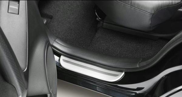 【30系RAV4】アルミニウムスカッフプレート 後席用ドア2枚分セット 海外仕様純正アクセサリー