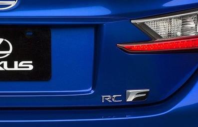【10系LEXUS RC F】リア右「RC F」文字 エンブレム 海外仕様純正部品