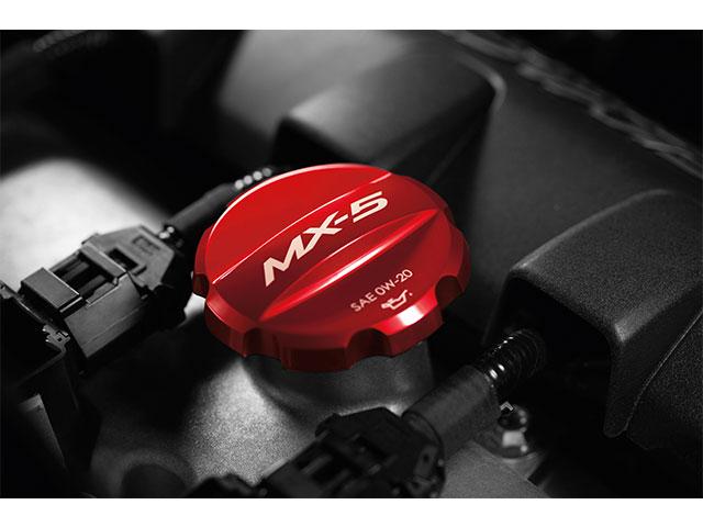 【ND系ロードスター】「MX-5」ロゴ入りアルミ製オイルフィラーキャップ 海外仕様純正アクセサリー