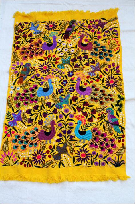 メキシコ刺繍タペストリー/大sizeテーブルクロス/イエロー【ギフト・ラッピング対応可】【結婚祝い】【新築祝い】