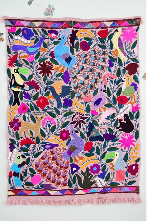 メキシコ刺繍 タペストリー マルチカバー マット カーペット ウール アニマル テーブルクロス/ピンク【ギフト・ラッピング対応可】【結婚祝い】【新築祝い】