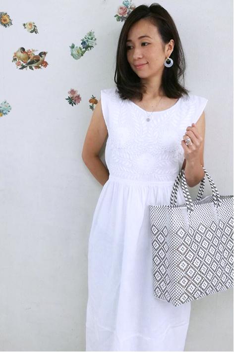 ワンピース・レディース・刺繍・エスニック・小花柄・ロング メキシコ刺繍 ホワイト・ギャザーギフト ラッピング対応可