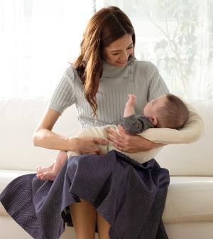 フルオーガニックで製作された最高級トッポンチーノ、ジョリーメゾンのトッポンチーノ。新生児の抱っこ・寝かしつけに最適です。