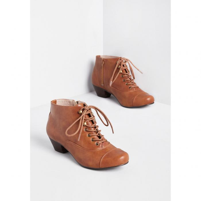 NO_BRAND_SHOWN 【 Spy Sophisticate Lace-up Bootie 】 Tan