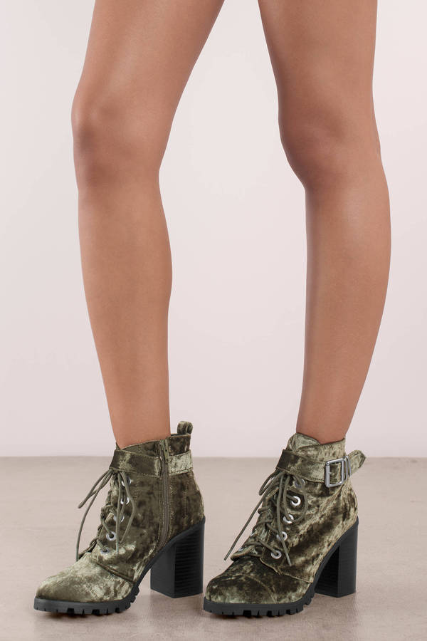 TOBI 【 Sorrento Crushed Velvet Lace Up Ankle Boots 】 Olive