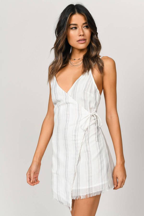 TOBI ストライプ ラップ ドレス 白 ホワイト 【 STRIPE WRAP WHITE TOBI ACCEPT ME SHIFT DRESS MULTI 】 レディースファッション ドレス