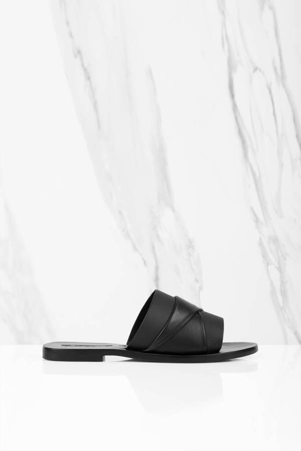 TOBI ストラップ 【 Twisted Strap Slides 】 Black