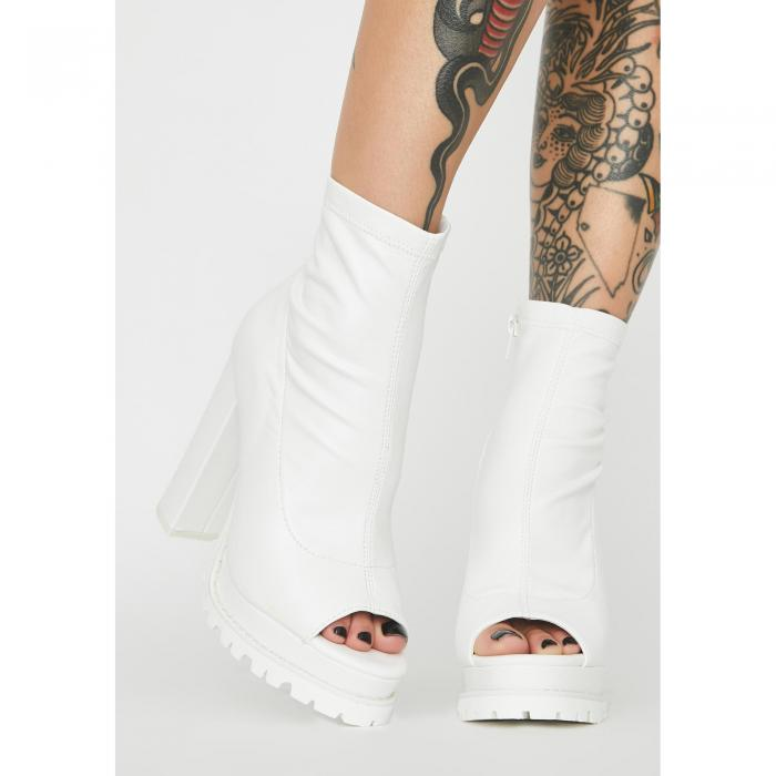 LILIANA 【 LIVIN DANGEROUS HEELED BOOTIES WHITE 】 送料無料