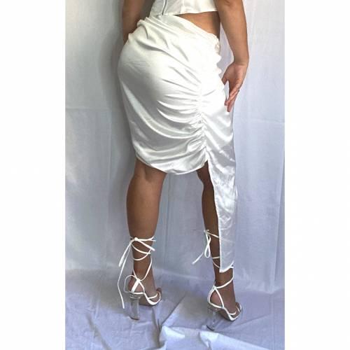 PRETTYLITTLETHING ラップ 【 ミディスカート スカート DETAIL RUCHED 】 4FASHION サテン WRAP 白色 4FASHION WHITE ボトムス ホワイト SATIN PLUS レディースファッション
