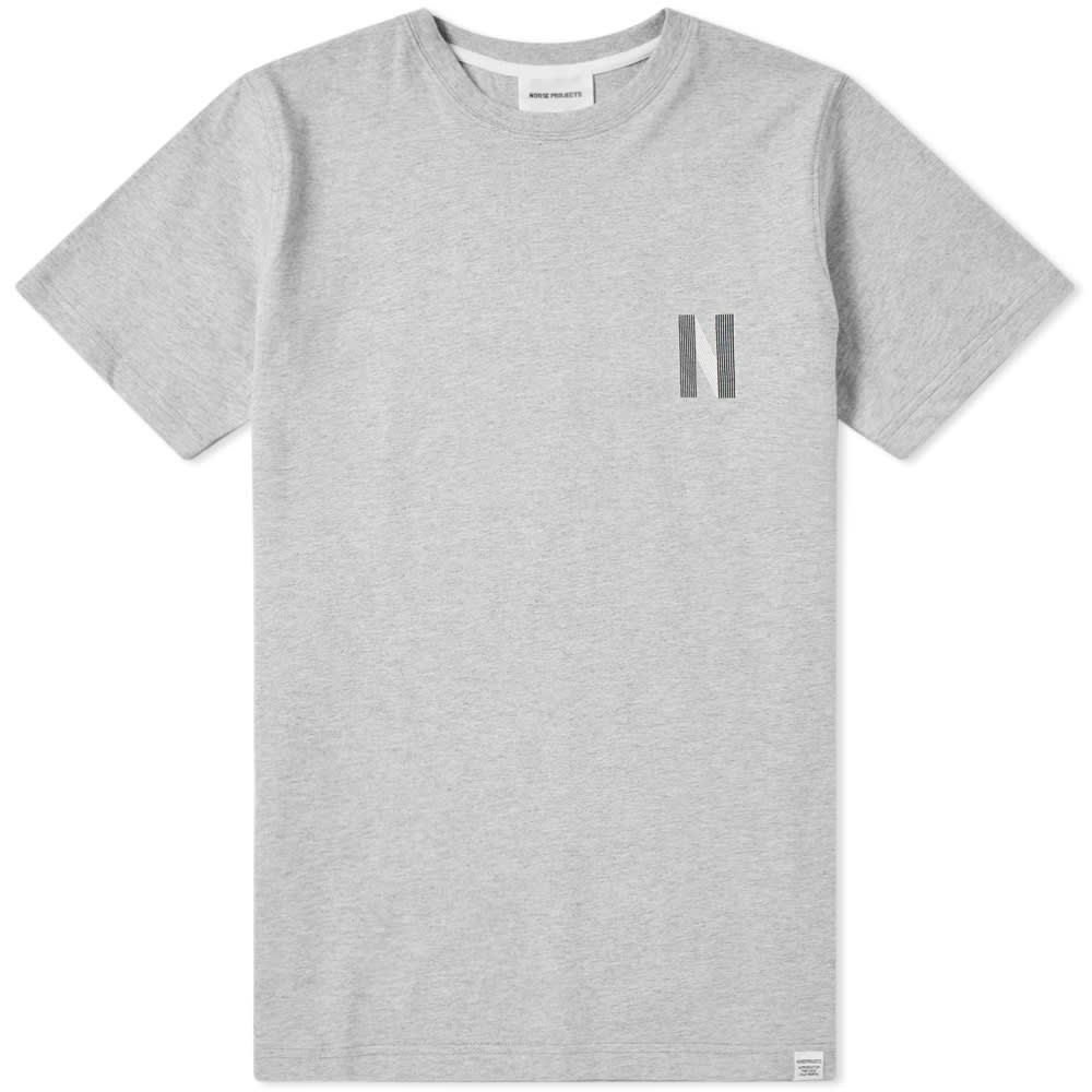 NORSE PROJECTS ロゴ Tシャツ GRAY灰色 グレイ 【 GREY NORSE PROJECTS NIELS MULTI N LOGO TEE LIGHT MELANGE 】 メンズファッション トップス Tシャツ カットソー