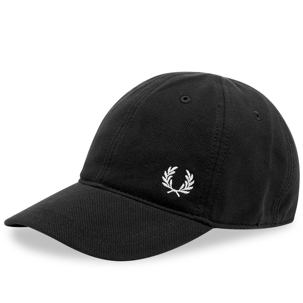 ファッションブランド カジュアル ファッション キャップ ハット FRED PERRY AUTHENTIC クラシック 【 PIQUE CLASSIC CAP BLACK 】 バッグ キャップ 帽子 メンズキャップ 送料無料