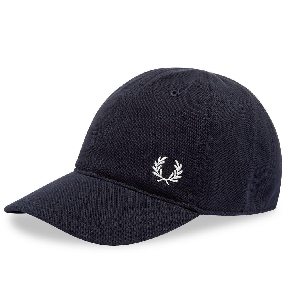 ファッションブランド カジュアル ファッション キャップ ハット FRED PERRY AUTHENTIC クラシック 【 PIQUE CLASSIC CAP NAVY 】 バッグ キャップ 帽子 メンズキャップ 送料無料