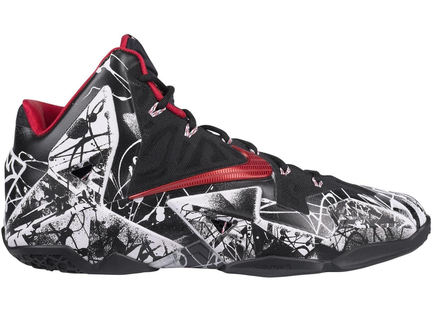 ナイキ NIKE レブロン スニーカー 【 LEBRON 11 GRAFFITI WHITE UNIVERSITY REDBLACK 】 メンズ