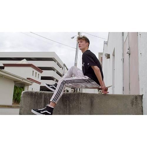 ナイキ NIKE メンズ ウィンドランナー メンズファッション コート ジャケット 【 Mens Sportswear 2019 Hooded Windrunner Jacket (regular And Big And Tall) 】 Black/black