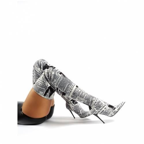 PUBLIC DESIRE レディース 【 Nostalgia Newspaper Print Stiletto Heeled Over The Knee Boots 】 White