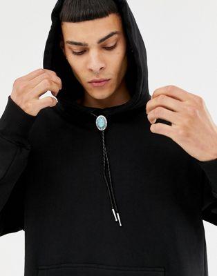 【海外限定】黒 ブラック パーカー メンズファッション 【 BLACK SWEET SKTBS X ALI BOULALA BOLO TIE HOODIE IN 】