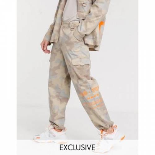 レディースファッション ボトムス パンツ 【 COLLUSION UTILITY TROUSERS IN CAMO 】