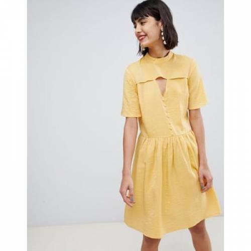ドレス 黄色 イエロー レディースファッション ワンピース 【 YELLOW PIECES MINI TEA DRESS WITH BUTTON DETAIL IN 】