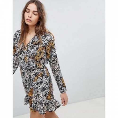 ラップ ドレス レディースファッション ワンピース 【 WRAP STYLENANDA DRESS IN FLORAL 】