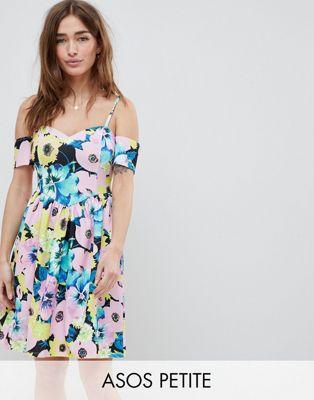 ドレス レディースファッション ワンピース 【 ASOS DESIGN PETITE COLD SHOULDER FLORAL PRINT PROM DRESS 】