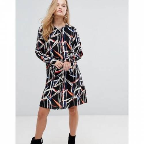 グラフィック ドレス Y.A.S レディースファッション ワンピース 【 GRAPHIC PRINTED MINI SHIFT DRESS WITH TIE SLEEVES 】
