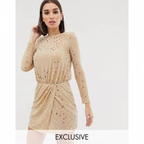 ドレス レディースファッション ワンピース 【 FLOUNCE LONDON SEQUIN MINI DRESS WITH SHOULDER PADS IN GOLD 】