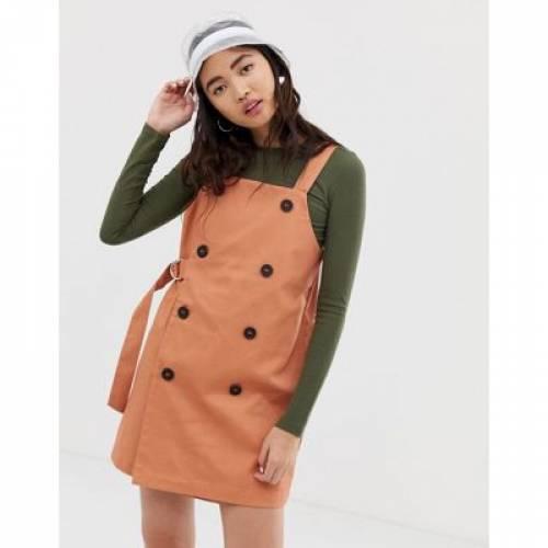 ドレス ベルト レディースファッション ワンピース 【 MONKI DUNGAREE DRESS WITH SIDED BELT IN PEACH 】