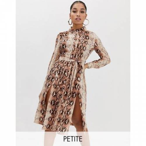 ドレス レディースファッション ワンピース 【 MISSGUIDED PETITE SHIRT DRESS WITH SIDE SPLITS IN SNAKE 】