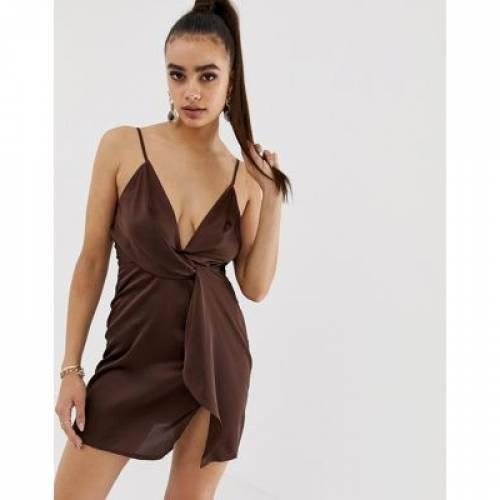 サテン ドレス レディースファッション ワンピース 【 MISSGUIDED SATIN TWIST FRONT MINI DRESS IN CHOCOLATE 】