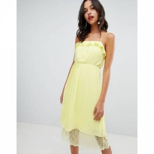 ドレス 黄色 イエロー レディースファッション ワンピース 【 YELLOW VILA PLEATED RUFFLE MIDI DRESS WITH LACE HEM IN 】