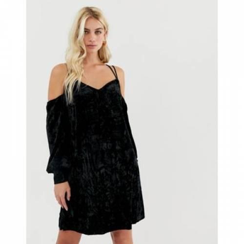 ドレス 黒 ブラック Y.A.S レディースファッション ワンピース 【 BLACK COLD SHOULDER VELVET MINI DRESS IN 】