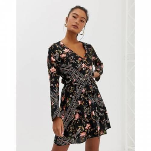ドレス レディースファッション ワンピース 【 MISS SELFRIDGE BUTTON THROUGH MINI DRESS IN SCARF PRINT 】