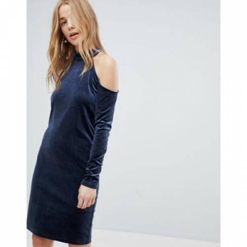 ドレス レディースファッション ワンピース 【 PIECES COLD SHOULDER GLITTER VELVET MINI DRESS 】