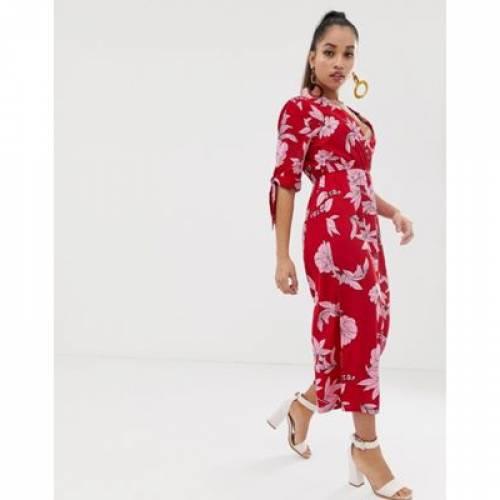 赤 レッド レディースファッション オールインワン サロペット 【 RED BOOHOO PETITE EXCLUSIVE CULOTTE JUMPSUIT IN FLORAL 】