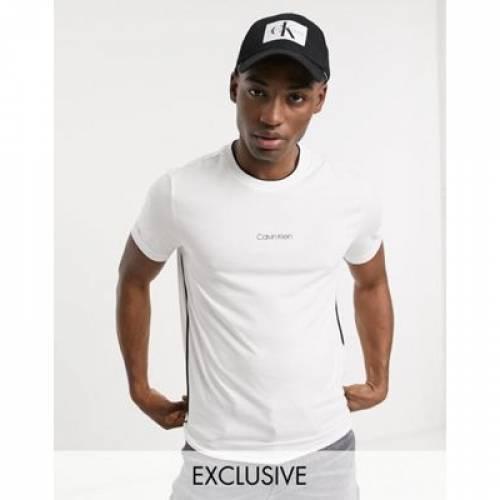 ロゴ Tシャツ 白 ホワイト メンズファッション トップス カットソー 【 WHITE CALVIN KLEIN CHEST LOGO TSHIRT IN EXCLUSIVE TO ASOS 】