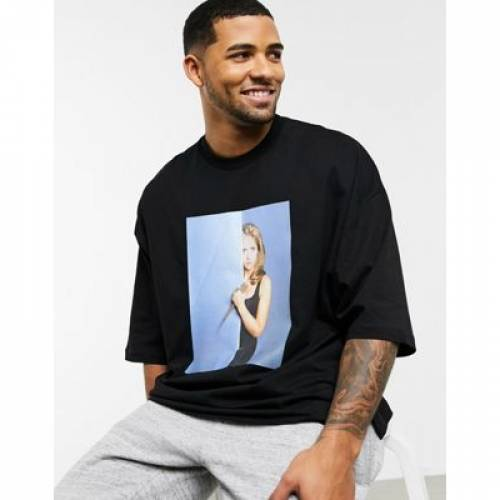 Tシャツ メンズファッション トップス カットソー 【 ASOS DESIGN BUFFY THE VAMPIRE SLAYER OVERSIZED TSHIRT WITH LARGE PHOTOGRAPHIC PRINT 】