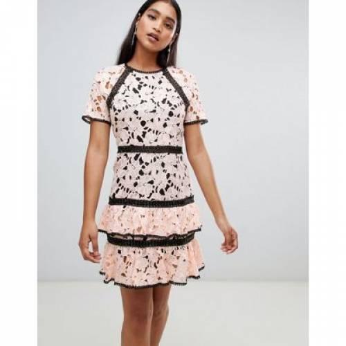 ドレス レディースファッション ワンピース 【 LIQUORISH LACE PANEL TIER DRESS 】