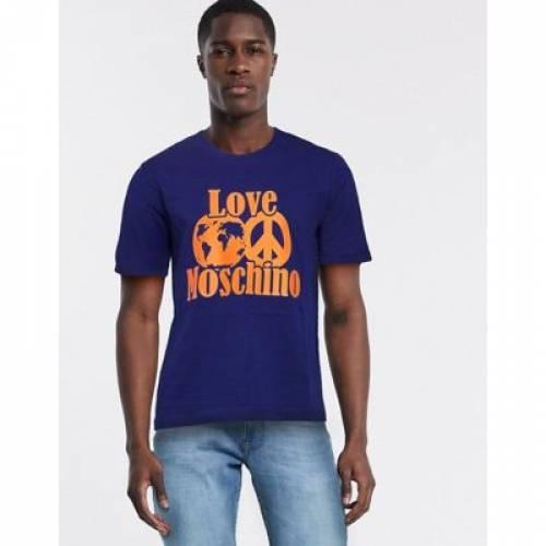 Tシャツ メンズファッション トップス カットソー 【 LOVE MOSCHINO WORLD PRINT TSHIRT 】