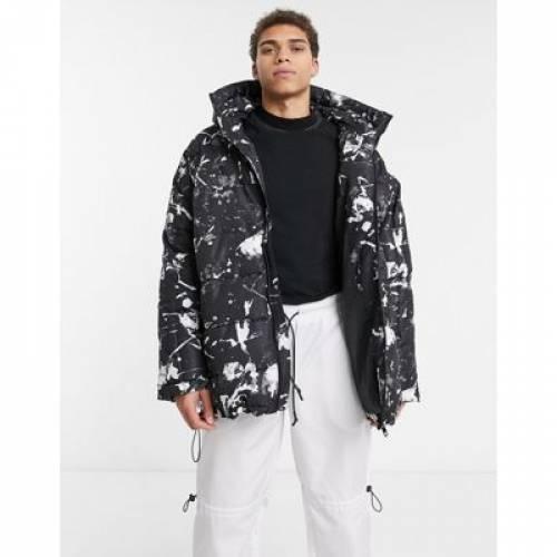 黒 ブラック メンズファッション コート ジャケット 【 BLACK ASOS DESIGN OVERSIZED PUFFER IN WITH PAINT SPLATTER 】