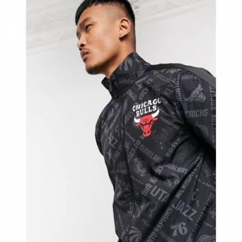 シカゴ ブルズ 黒 ブラック メンズファッション コート ジャケット 【 BLACK NEW ERA NBA CHICAGO BULLS ALLOVER PRINT JACKET IN 】