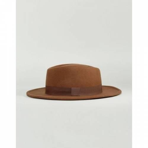 キャメル バッグ キャップ 帽子 メンズキャップ 【 CAMEL ASOS DESIGN WIDE BRIM PORK PIE HAT IN WITH BAND 】