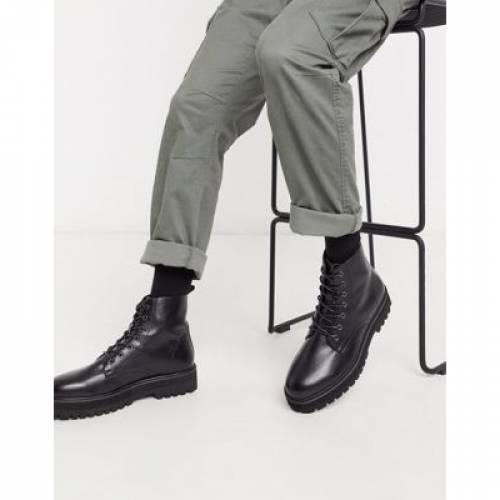 ブーツ 黒 ブラック レザー メンズ 【 BLACK ASOS DESIGN LACE UP BOOT IN FAUX LEATHER WITH RAISED CHUNKY SOLE 】