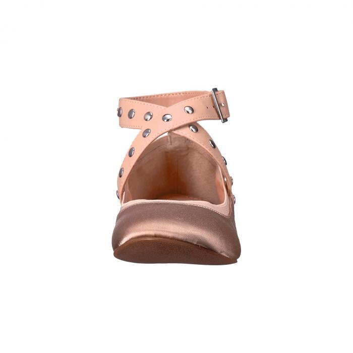 【海外限定】レディース靴 カジュアルシューズ 【 CHARLES BY DAVID DEAN 】