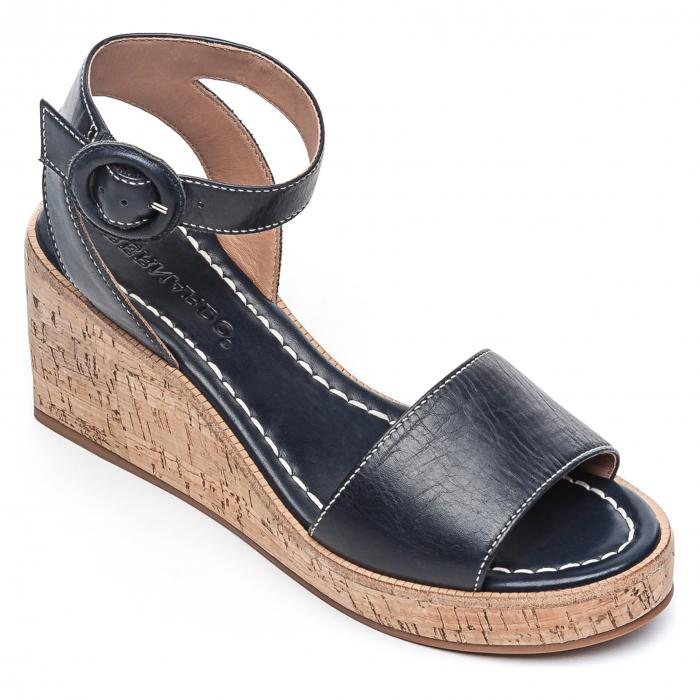 【スーパーセール商品 12/4-12/11】ベルナルド BERNARDO 【 FOOTWEAR KELLY WEDGE SANDAL NAVY ANTIQUE LEATHER 】 送料無料