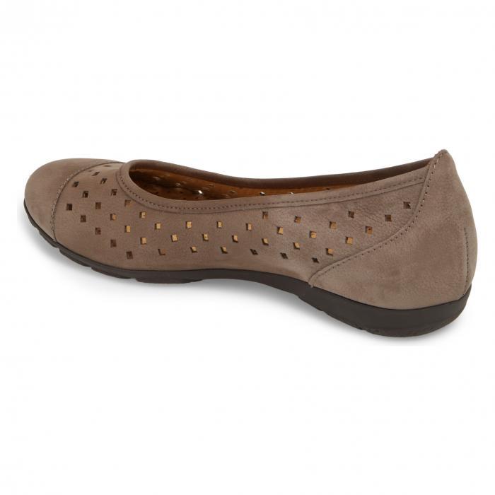 【海外限定】靴 コンフォートシューズ 【 GABOR PERFORATED BALLET FLAT 】