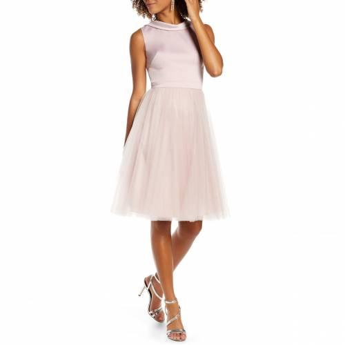 チチロンドン CHI LONDON 【 ZEINA LACE BACK PARTY DRESS MINK 】 レディースファッション ドレス 送料無料